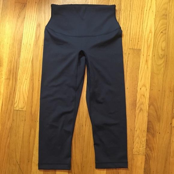 Uniqlo Pants New Airism High Waisted Crop Leggings Navy Poshmark